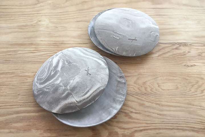 Marble like plate